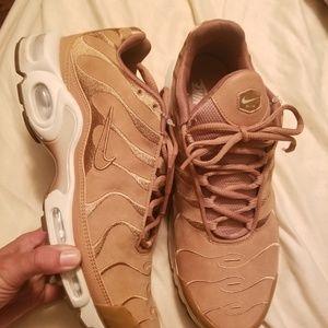 Nike airmax plus wheat size 11.5 men
